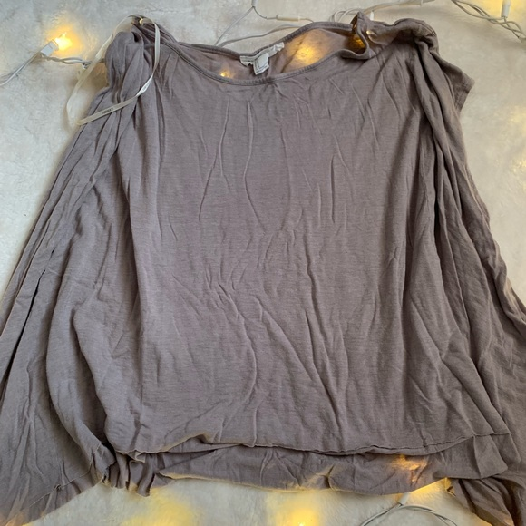 Forever 21 Tops - Flowy Muscle Tee Top